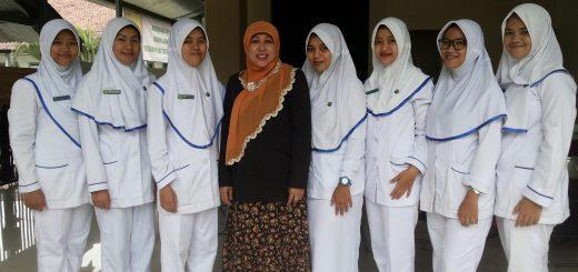 - Dosen bersama Mahasiswa -